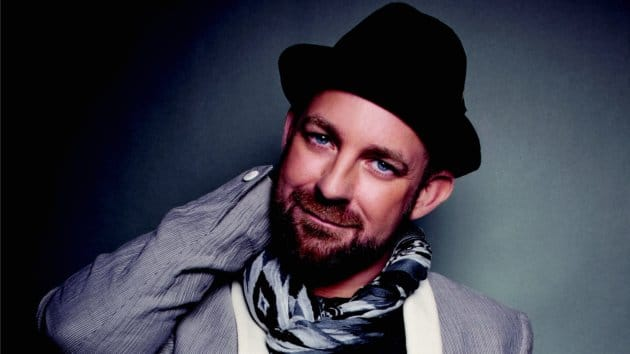 "Kristian Bush hits home run with ""Trailer Hitch"" in Australia"