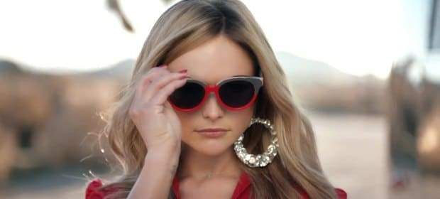 Miranda Lambert earrings and sunglasses