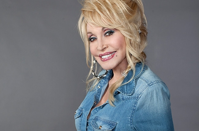 dolly-parton-press-2014-650-430