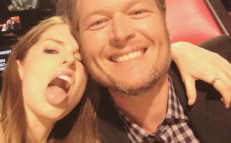 Blake Shelton with Anna Kendrick