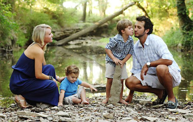 No one likes luke bryan 39 s new single as much as his sons for How many kids does luke bryan have