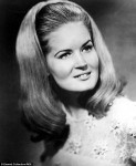Lynn Anderson passes away: A longer bio for those interested