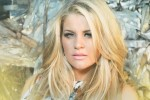 Don't Worry...Lauren Alaina Is Doing Fine (Watch!)