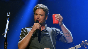 Blake Shelton - 1; In Touch Weekly - 0