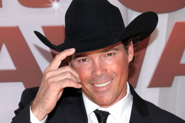 how tall is clay walker