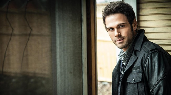 "Chuck Wicks Announces New Album ""Turning Point"""