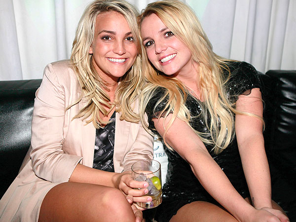 Britney Spears Tweets Love For Her Sis Jamie Lynn