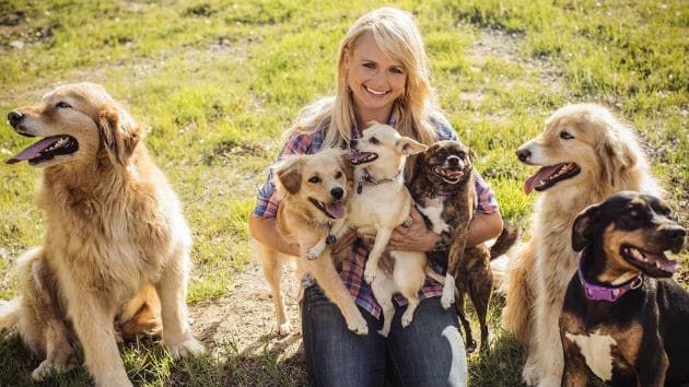 miranda-lambert-muttnation