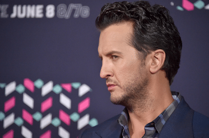 Luke Bryan CMT music awards