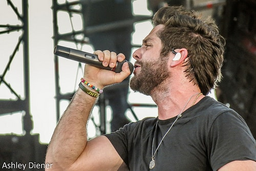 thomas rhett  by Ashley Diener