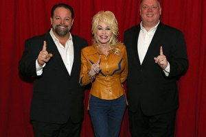 Dolly Parton goes to No. 1