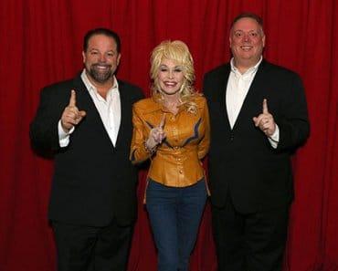 Dolly Parton goes to No. 1