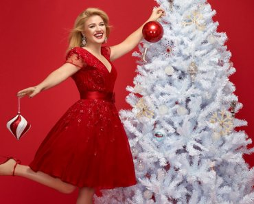 kelly-clarkson-christmas