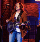 jo-dee-messina-bigger-than-this